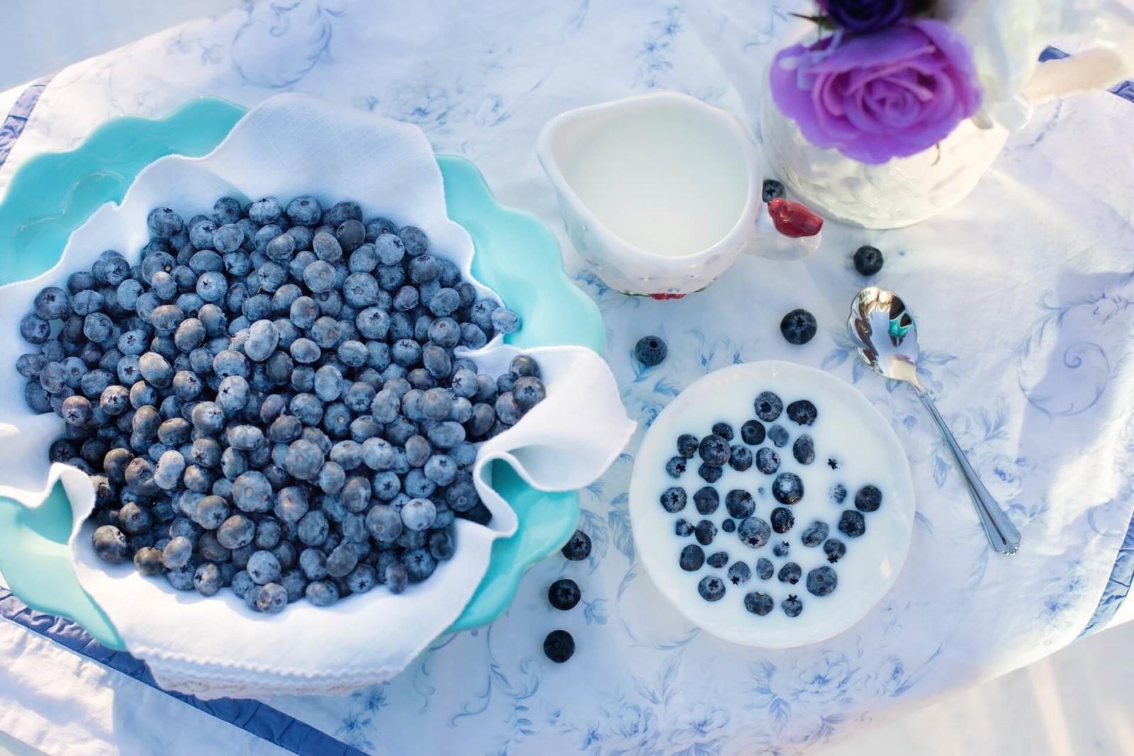 разгрузочный день ягоды + кефир
