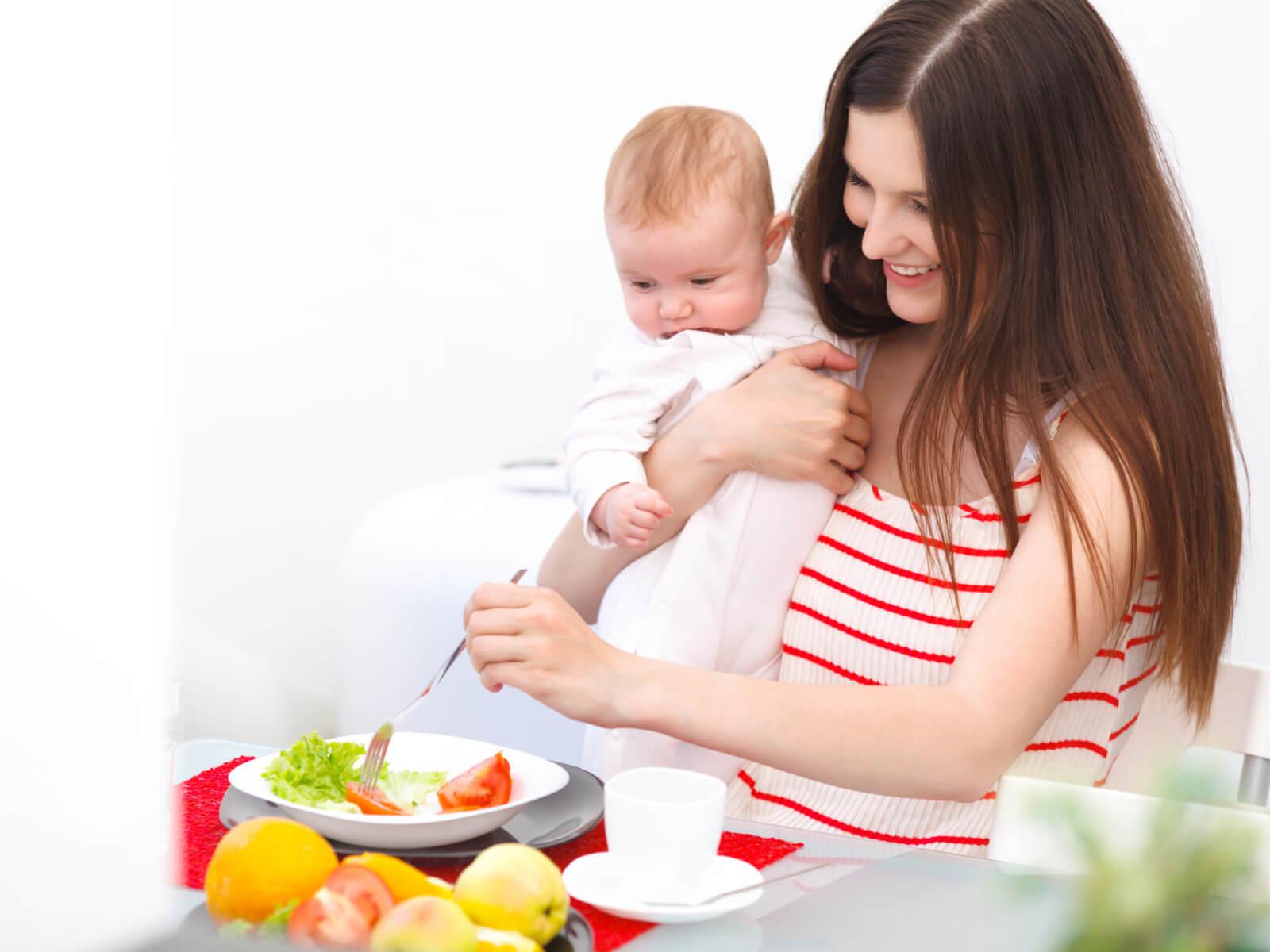 Рацион питания кормящей мамы. Общие правила питания.